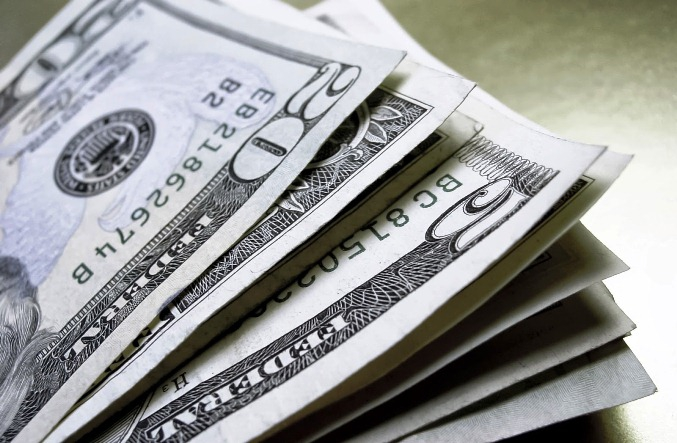 Economia: Dólar sobe 0,61% ante real
