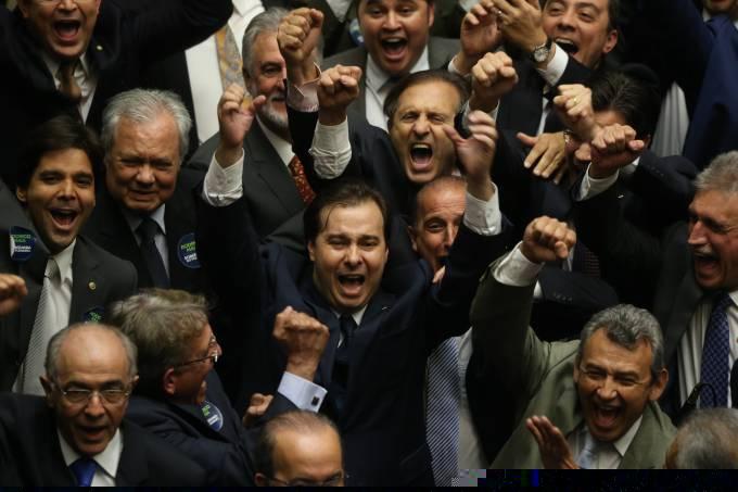 Rodrigo Maia é o novo presidente da Câmara dos Deputado