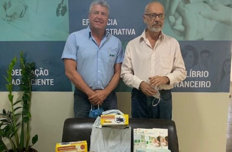 Sindiveg e Andav fazem doações a famílias de Minas