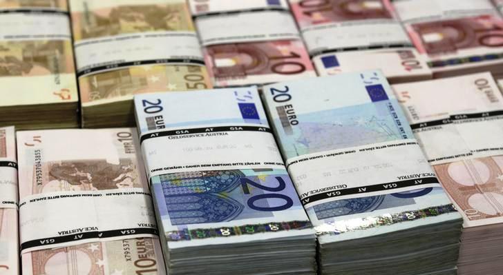 Criminosos roubam R$ 40 milhões de caixas eletrônicos